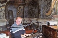 Podczas mszy św. w kościele polskim p.w. Świętego Ducha w Wilnie, pielgrzymka 2009 r.